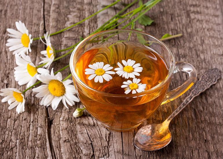 Чай и ромашки