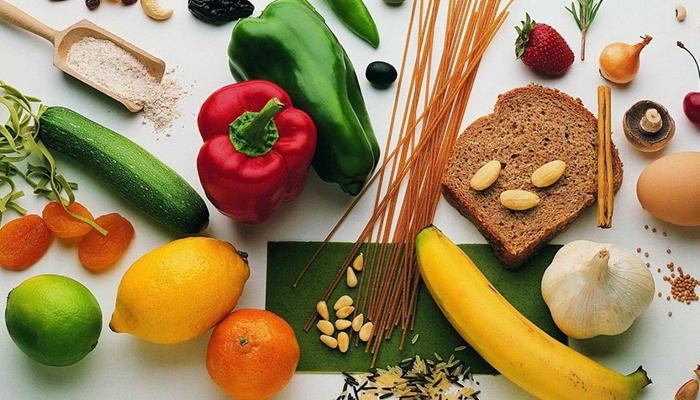 Фрукты, овощи и мучные изделия